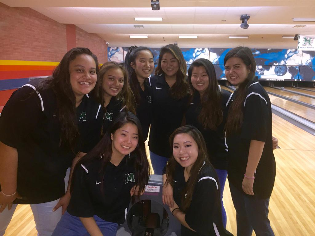 Girls Bowling at Mid-Pacific