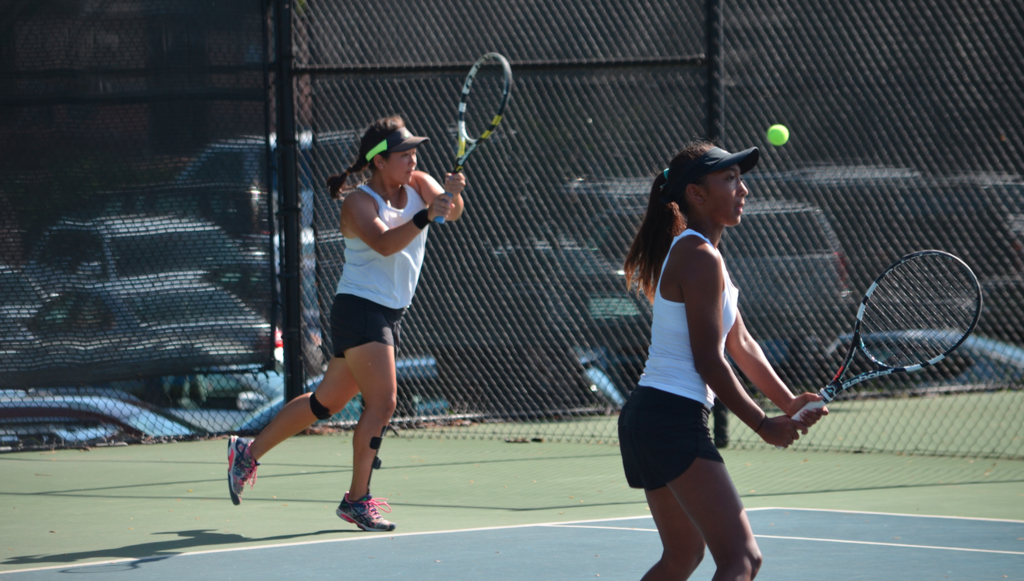 Girls Tennis at Mid-Pacific
