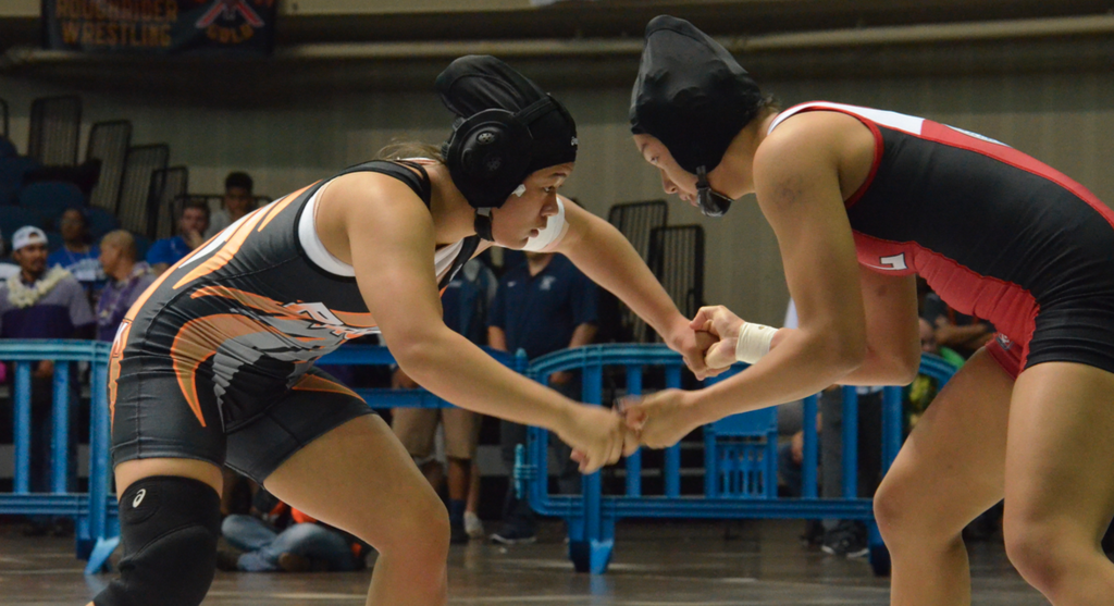 Girls Wrestling 2016-2017 at Mid-Pacific